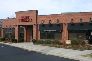 Ruby Tuesday sued for discriminating against male employees