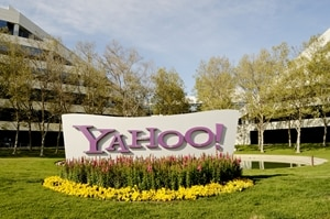 Lawsuit accuses Yahoo of anti-male discrimination